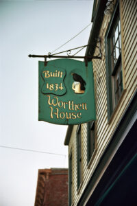 Worthen House, Lowell, MA