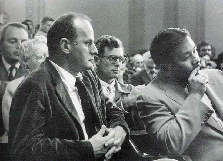 Lawrence Ferlinghetti and City Lights manager Shig Murao in a San Francisco courtroom